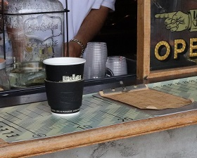 【HAUNT COFFEE STAND by HELMS × Heritage Leather Co.】#LEATHER SLEEVE BLACK